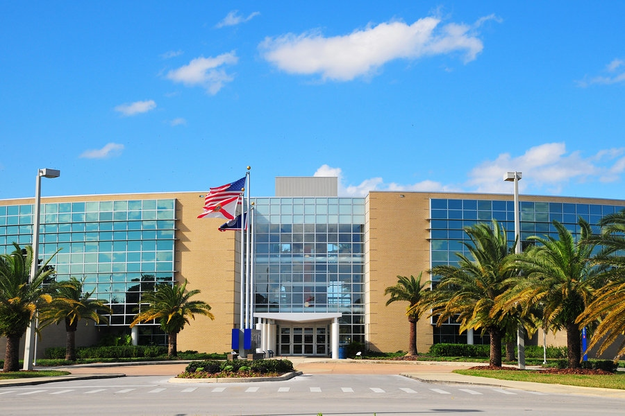 colleges in florida Florida international university fiu is an up and coming school every year it gets higher rankings in the us news: #6 in the nation in international comprehensive list of colleges in florida (295.