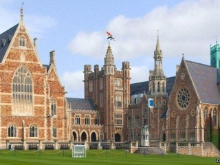 Clifton College фото 1