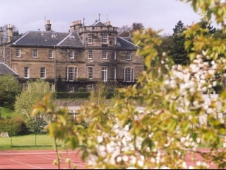 Edinburgh School of English (teens)